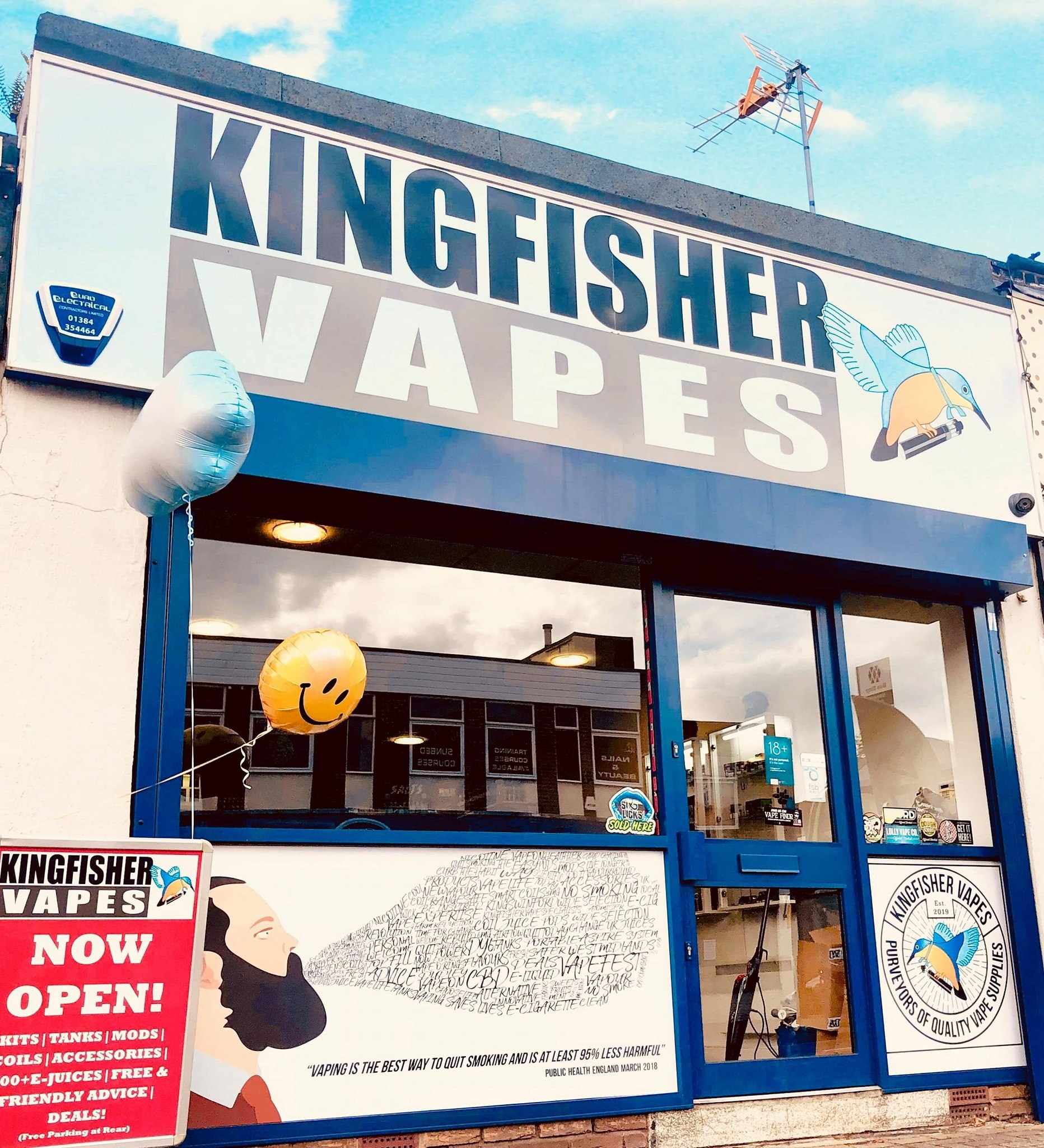 shop front of kingfisher vapes